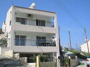 limassol ferienhaus kaufen in limassol in zypern vom. Black Bedroom Furniture Sets. Home Design Ideas