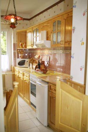 komlo ungarn apartment eigentumswohnungen kaufen komlo immobilienmakler ungarn. Black Bedroom Furniture Sets. Home Design Ideas