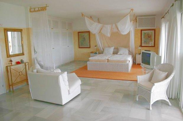 jesus ibiza stadt villa kaufen mit pool und meerblick. Black Bedroom Furniture Sets. Home Design Ideas