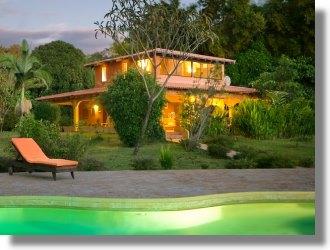costa rica villa in tamarindo kaufen immobilienmakler. Black Bedroom Furniture Sets. Home Design Ideas