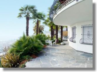minusio am lago maggiore villa in der schweiz kaufen einfamilienhaus mit seeblick. Black Bedroom Furniture Sets. Home Design Ideas