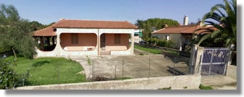 siracusa einfamilienhaus kaufen auf sizilien vom immobilienmakler h user ferienh user. Black Bedroom Furniture Sets. Home Design Ideas