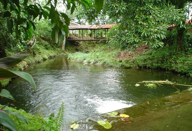 Feriencamp am Fluss in Costa Rica