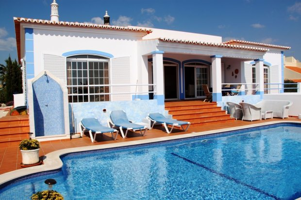 Einfamilienhaus mit Pool in Portugal