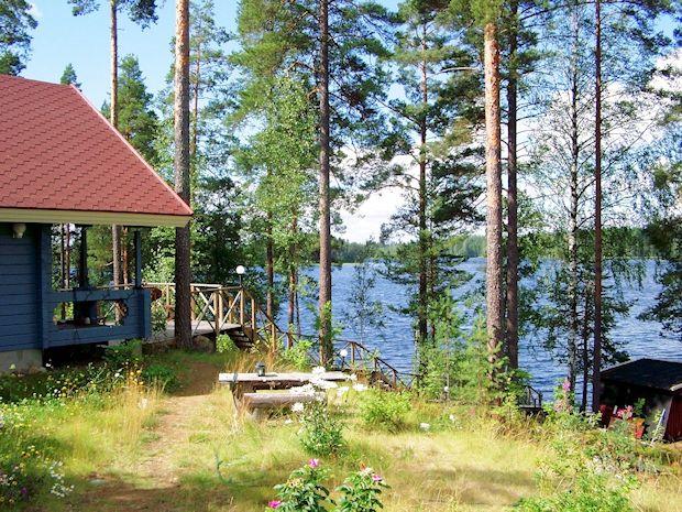 ferienhaus bei punkaharju finnland kaufen immobilienmakler. Black Bedroom Furniture Sets. Home Design Ideas