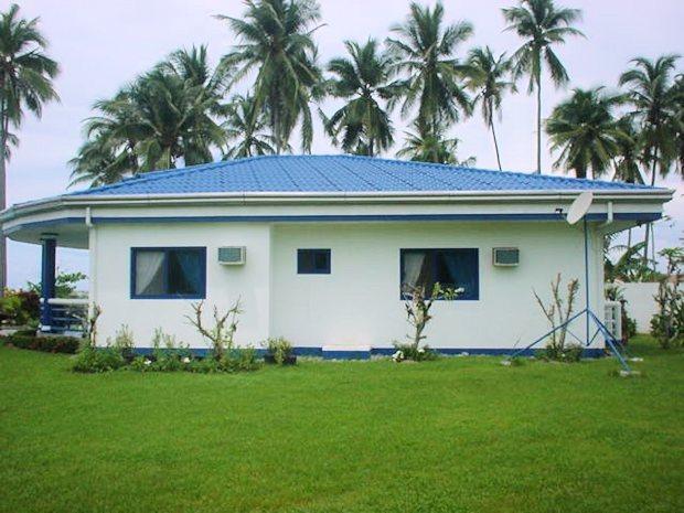 einfamilienhaus auf marinduque am meer mit g stehaus und restaurant luzon philippinen. Black Bedroom Furniture Sets. Home Design Ideas